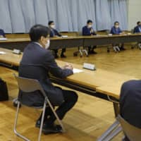 The Ministry of Agriculture, Forestry and Fisheries holds a classical swine fever task force meeting at the ministry in Tokyo on Saturday. | KYODO