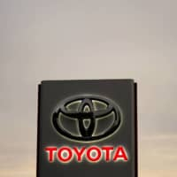 Toyota adds to hydrogen bet with North American fuel cell truck