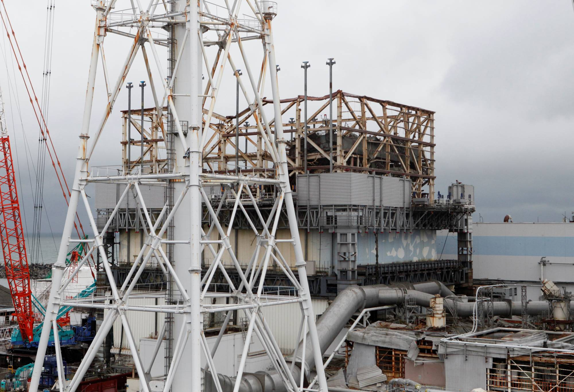 The damaged No. 1 reactor building is seen at Tokyo Electric Power Co. Holdings Inc.'s tsunami-crippled Fukushima No. 1 nuclear power plant in Okuma, Fukushima Prefecture, in January. | REUTERS