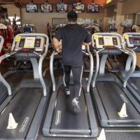 Nearly 40% of obese men in Japan are not interested in having better exercise habits or think they should but do not plan to do so, according to a health ministry survey. | KYODO