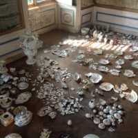 Pieces of Old Imari porcelain are displayed at Loosdorf Castle in Austria. | ROIP JAPAN