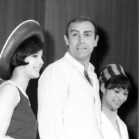 Sean Connery, with Bond girls Mie Hama (left) and Akiko Wakabayashi, at news conference in Tokyo for 'You Only Die Twice' in July 1966.  | KYODO