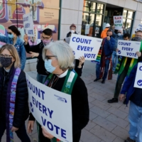 Protesters who want every vote counted from the 2020 U.S. presidential election march in Detroit on Wednesday.  | AFP-JIJI