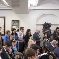 Journalists in the White House briefing room in June 2017. More than 100 Chinese news media employees in the United States are caught in a heated dispute between Beijing and Washington over the rights of foreign journalists. | STEPHEN CROWLEY / THE NEW YORK TIMES
