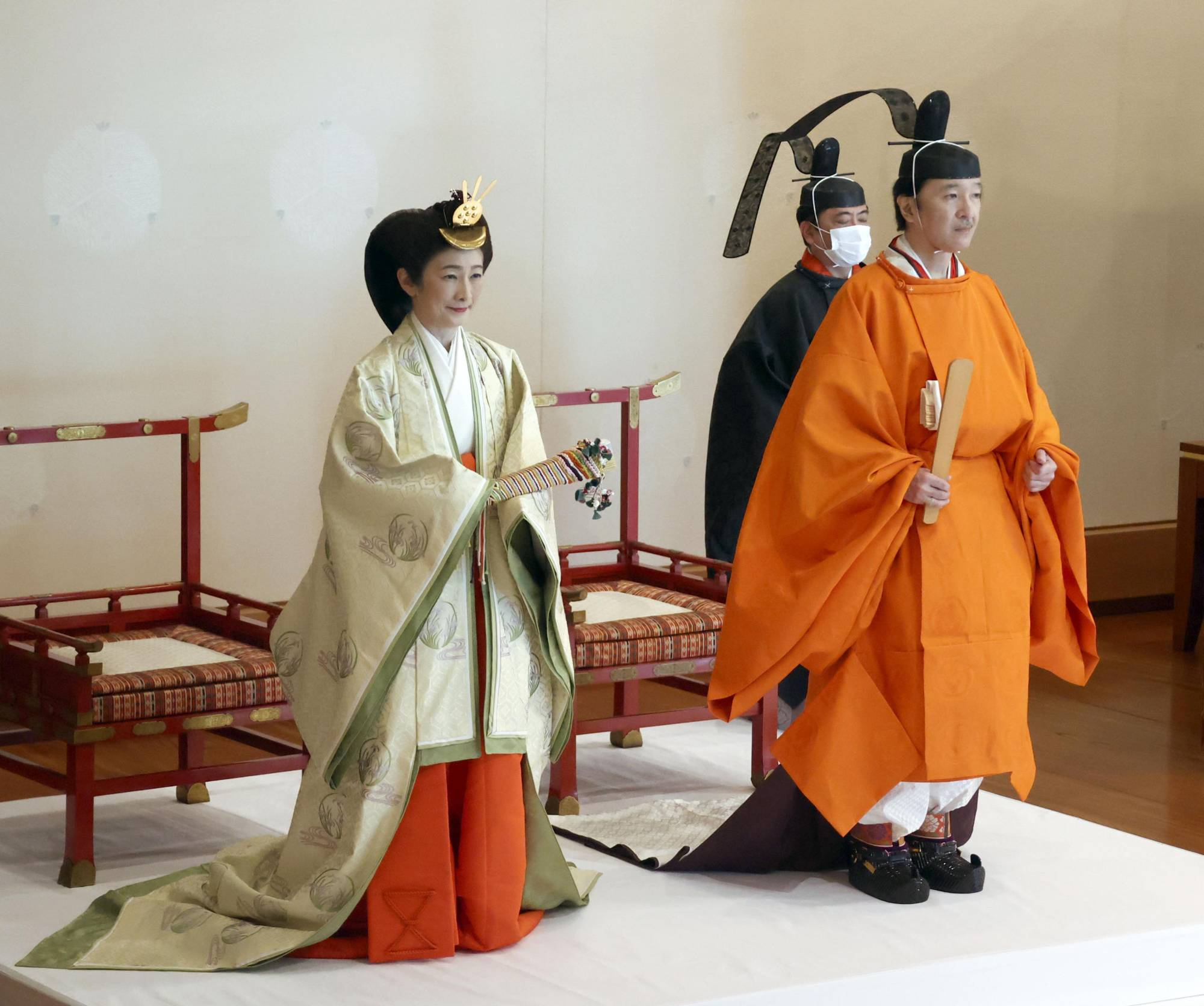 Crown Prince Akishino and Crown Princess Kiko attend the Rikkoshi Senmei no Gi ceremony at the Imperial Palace on Sunday. | POOL / VIA KYODO