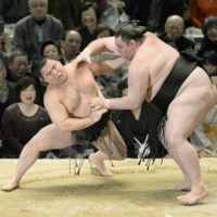 Gagamaru was a popular wrestler despite a lack of overwhelming success in the ring. | KYODO
