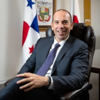 Businessman ambassador opens Panama connections