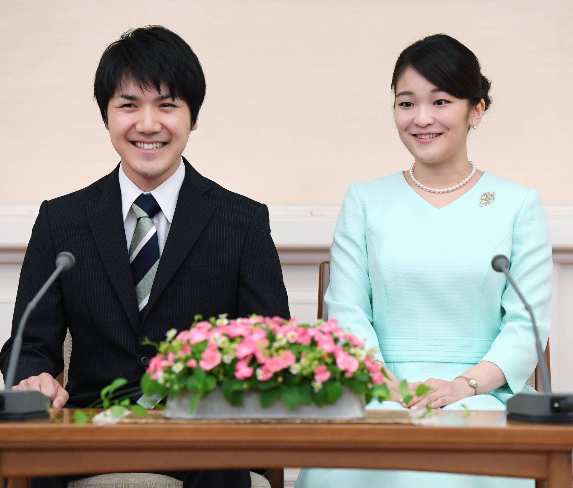 Japan crown prince 'approves' of daughter's plan to marry but says financial issue must be resolved | The Japan Times