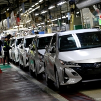 Japan plans to ban sales of new gasoline cars in mid-2030s