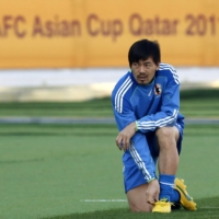 Daisuke Matsui trains in Doha during the Asian Cup on Jan. 8, 2011. | REUTERS