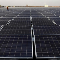 A floating solar power plant in Huainan, a former Chinese coal-mining region.  | AFP-JIJI