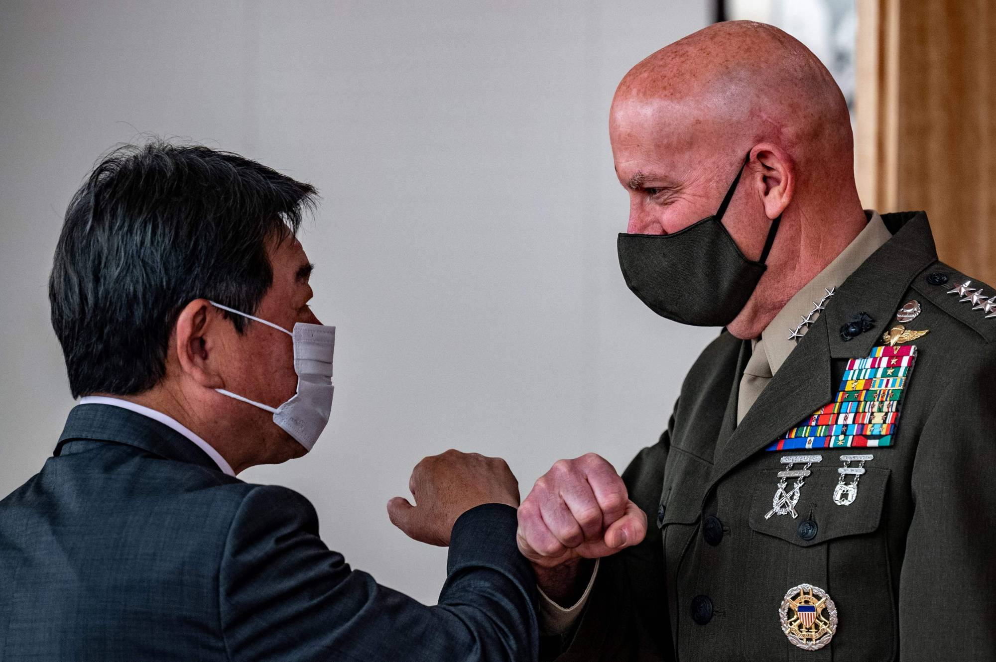 The commandant of the U.S. Marine Corps, Gen. David H. Berger, meets with Foreign Minister Toshimitsu Motegi at the Foreign Ministry in Tokyo on Nov. 18. | AFP-JIJI