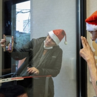 A pandemic Christmas: Services move online, people stay home