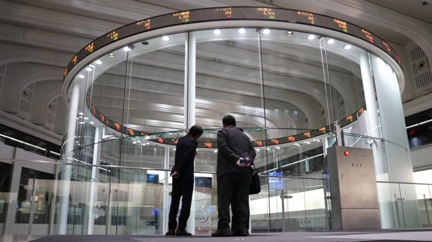 Tokyo bourse to reorganize trading sections in April 2022