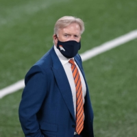 John Elway stepping down as Broncos' general manager