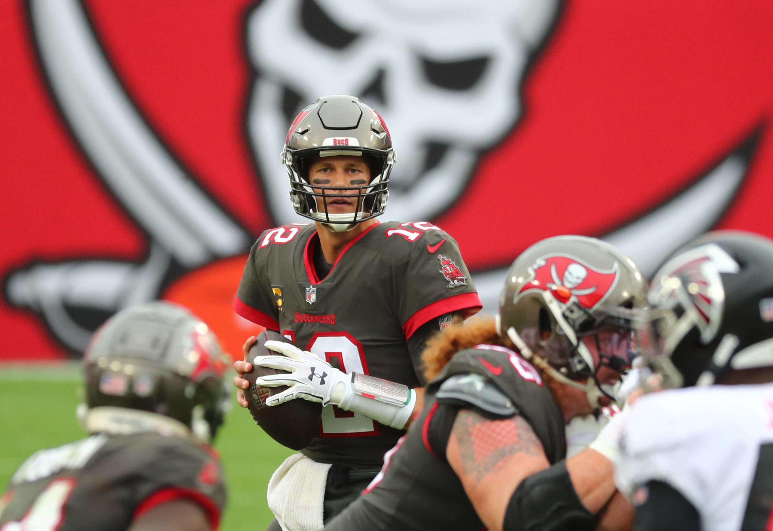 Buccaneers quarterback Tom Brady drops back to pass against the Falcons during the second half of their game in Tampa, Florida, on Sunday. | USA TODAY / VIA REUTERS