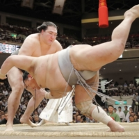In an infamous incident during the 2018 May Basho, Hokutofuji was defeated by Ryuden after appearing to sustain a concussion during a false start just moments earlier.   KYODO