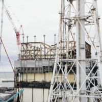 Decommissioning work is under way at the disaster-stricken Fukushima No. 1 nuclear power plant. | KYODO