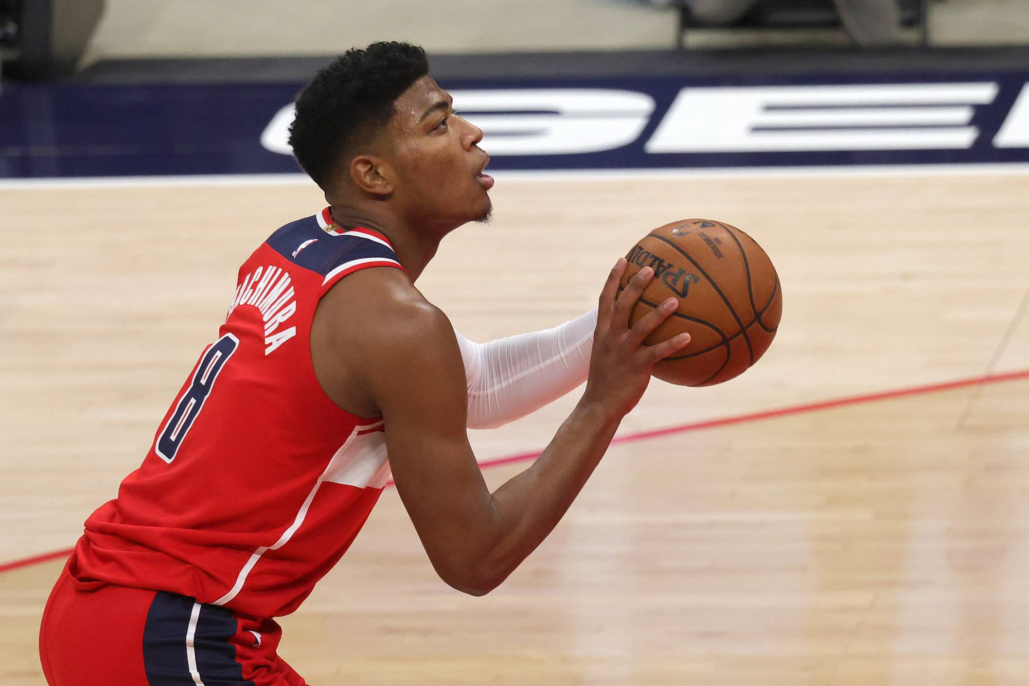 The Wizards' Rui Hachimura shoots a free throw against the Bulls in Washington on Dec. 31. | USA TODAY / VIA REUTERS