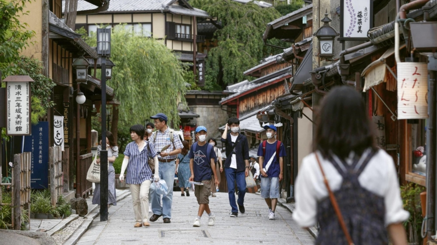 Tourism push linked to surge in Japan's COVID-19 cases, study shows
