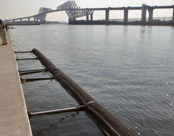 An undated image shows one component of a wave dispersal system used at Sea Forest Waterway, the Tokyo Olympic rowing and canoe venue. | TOKYO METROPOLITAN GOVERNMENT / VIA KYODO