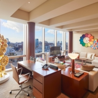 Produced by Takashi Murakami, the suite features 14 original pieces inspired by his flowers artwork, including a 195-centimeter golden Flower Parent and Child sculpture. | © 2021 TAKASHI MURAKAMI/KAIKAI KIKI CO., LTD. ALL RIGHTS RESERVED.