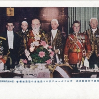 Crown Prince Hirohito attends a state banquet with London Mayor John Baddeley and Prince Edward in 1921. | FROM THE COLLECTION OF STEVE SUNDBERG (OLDTOKYO.COM)