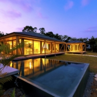 Okinawa offers a wide range of private accommodations with modern facilities situated in nature — perfect for a peaceful yet productive 'workation.'