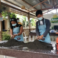 A Japan-trained Philippine farmer makes a future for himself and his home