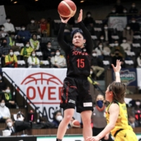 Antelopes dominate Sunflowers early to take WJBL finals lead