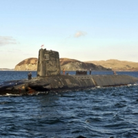 The Trident nuclear submarine HMS Victorious  patrols off the west coast of Scotland in April 2013. | AFP-JIJI
