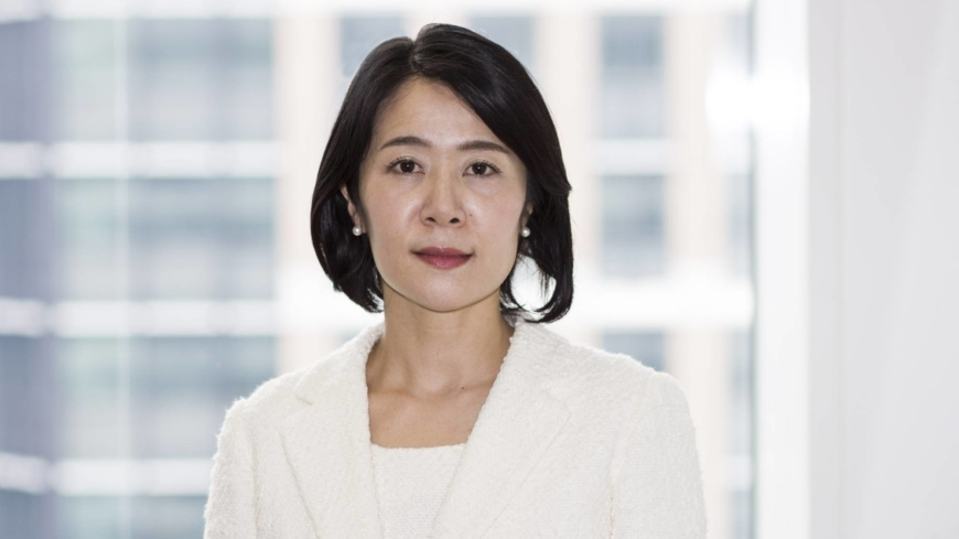 Japanese female financial analysts urge change in male-dominated profession