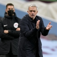 Tottenham manager Jose Mourinho brushes off critics