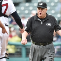 Umpire Joe West had sued former Mets player Paul Lo Duca over comments he made on a podcast. | USA TODAY / VIA REUTERS