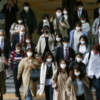 Osaka Prefecture is seeking a fresh state of emergency amid a surge in COVID-19 patients. | KYODO