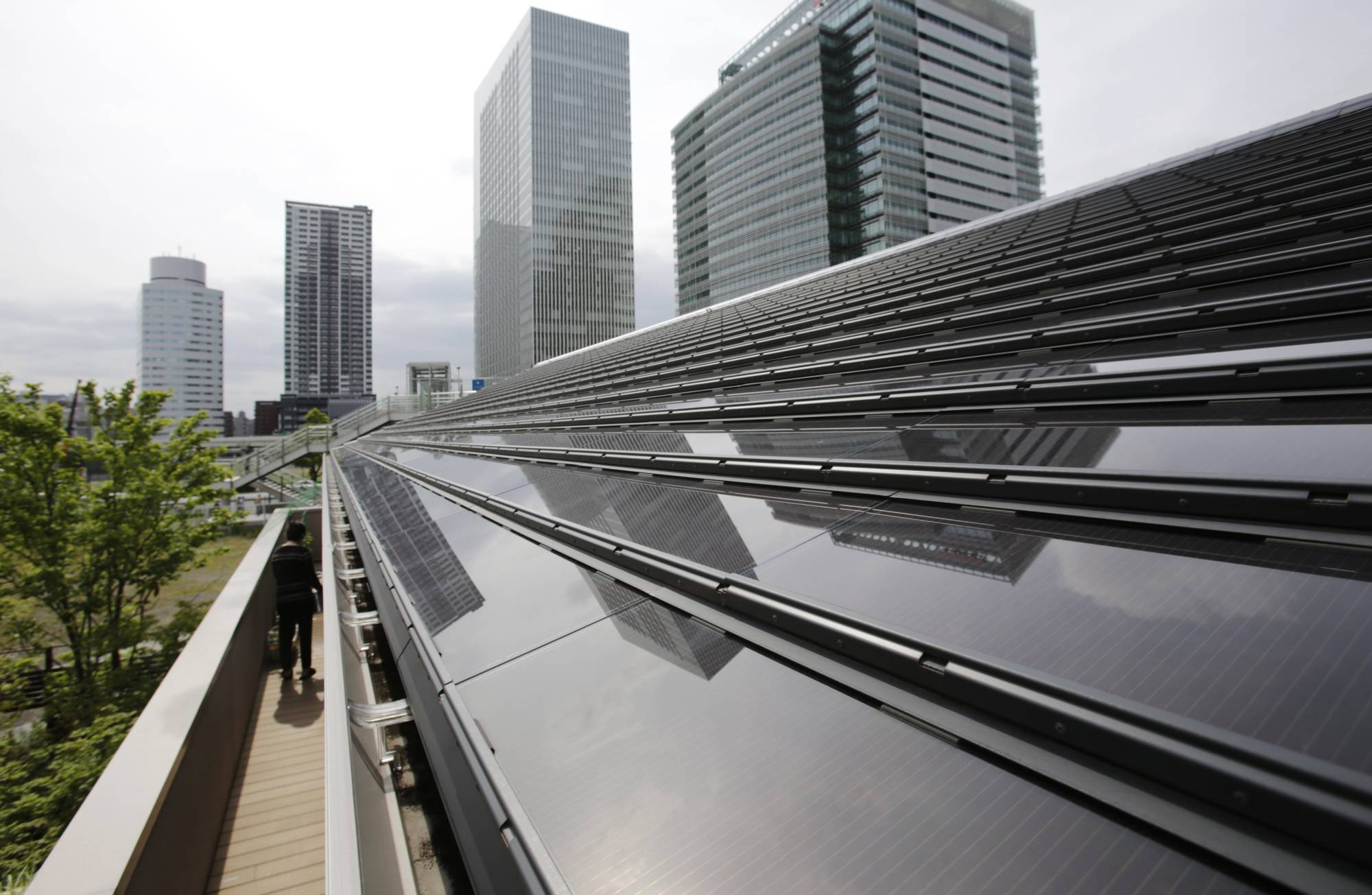 For worldwide energy transition, the installed capacity for solar PVs has grown sevenfold and threefold for onshore wind turbines since 2010. | REUTERS