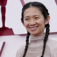 Filmmaker Chloe Zhao arrives at the Oscars at Union Station in Los Angeles on Sunday.  | POOL / VIA AFP-JIJI