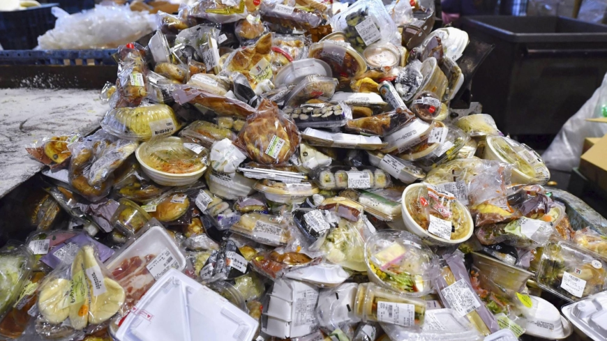 Still-edible food waste in Japan decreased in fiscal 2018