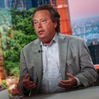 Richard Gelfond, chief executive officer of Imax Corp., says temporary closures of movie theaters under Japan's state of emergency will not have a material impact on the firm's overall positive momentum in the country. | BLOOMBERG