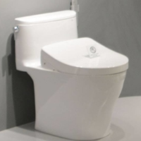 Toto's electronic bidet toilets on display in the United States | KYODO