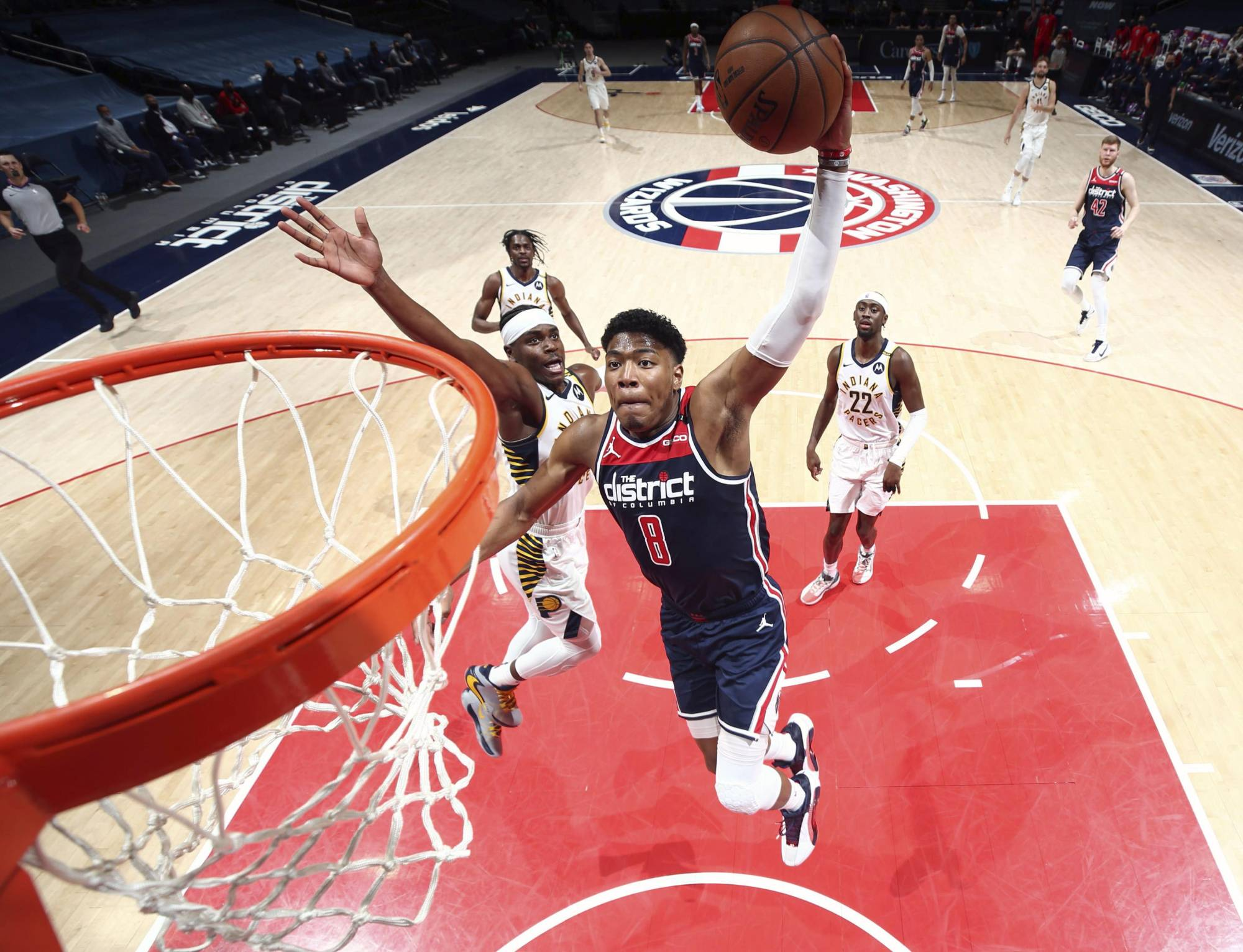 Wizards forward Rui Hachimura flies up for a dunk against the Pacers on Monday in Washington. | NBAE / VIA GETTY / VIA KYODO