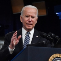 Biden signs order to boost cybersecurity after pipeline hack