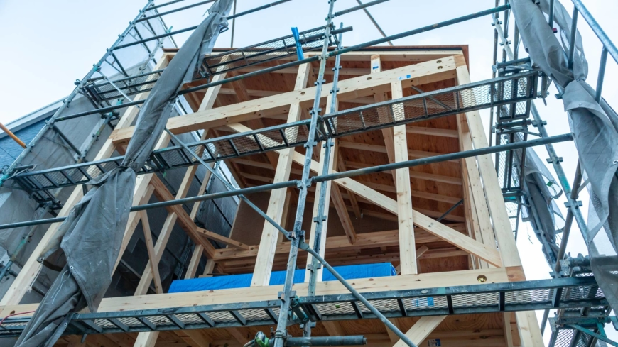 Renting, building or renovating: tips to get the best roof over your head