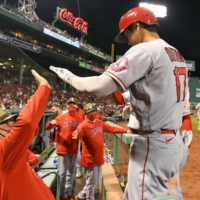 Shohei Ohtani ties AL home run lead in Angels' loss to Red Sox