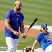 Albert Pujols and Dodgers finalize one-year contract