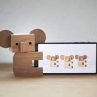 Designed by Torafu Architects for Ishinomaki Lab, the Koala Kit is a DIY ornament that can be used as a holder for smartphones, pens, tooth brushes or even a test tube vase.   MASAKI OGAWA