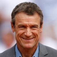 Seven-time Grand Slam champion Mats Wilander believes tennis players should be allowed to raise challenges with human judges rather than decide all calls through electronic systems. | REUTERS