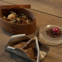 A 'Prologue' of finger foods and appetizers opens chef Eiji Taniguchi's 13-course meal. | NAOH INC.