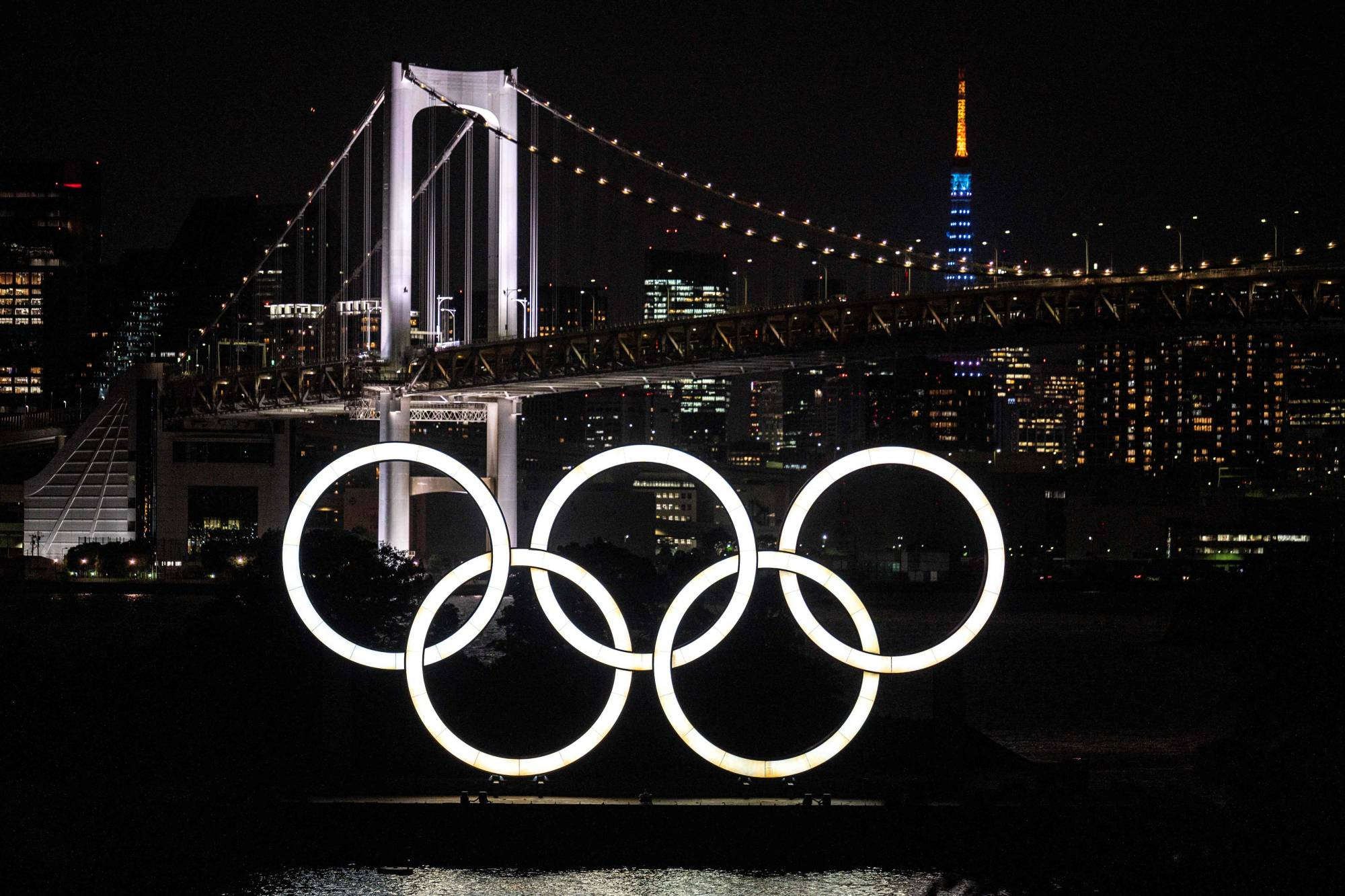 Amid the unabated spread of the new coronavirus, an increasing number of local governments in Japan have decided to give up on hosting pre-Tokyo Games training camps for foreign athletes slated to take part in the Olympics and Paralympics this summer. | AFP-JIJI