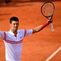 'Big Three' into third round at French Open